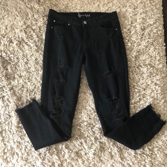 c3ffe71318f Black sound girl ripped jeans size 11 inseam 28